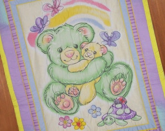 Cuddly Bear Hugs Baby or Child Quilt or Wall Hanging