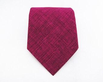 Men's Necktie - Magenta Crosshatch