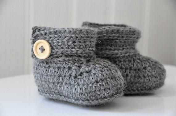 Crochet Wrap Around Button Baby Boots Pattern : Wrap Around Baby Boots Instant Download PDF Crochet Pattern