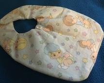 Newborn Precious Moments pattern baby bib (BR)