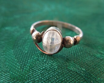 Vintage Silver Ring with Opaque Stone , Size 8, in Nice Condition