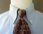 Vintage Brooks Brothers MAKERS All Silk Abstract Floral Trad / Ivy League Neck Tie.  Made in USA.