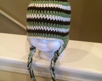 Green striped hat