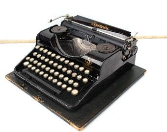 Antique typewriter Olympia typewriter Olympia Simplex 1937 Antique portable typewriter Black typewriter Vintage working typewriter