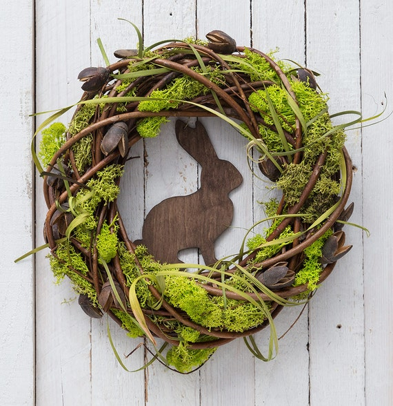 Backyard Ideas For Spring Decorating 6 Tips To Make: Easter Wreath With Rabbit Spring Decorations Moss Wreath