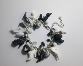 BLACK  and White Barbie Shoe Bracelet / item 7-128