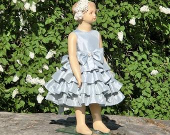 Silver flower girl dress. Grey girls ruffle dress. Winter wedding flower girl. special occasion party dress. Toddler girls sparkling dress