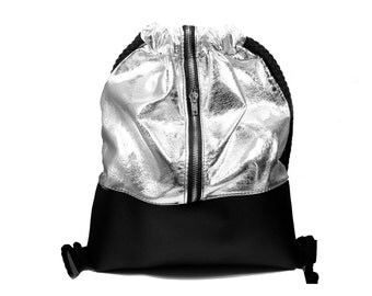 Elegant backpack bag  leather BLACK/SILVER with ZIPPER