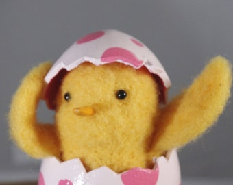 Needle Felted Easter Chick in Paper Mache Egg
