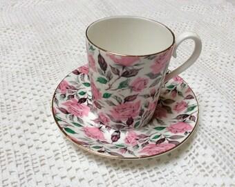 Vintage Royal Albert Teacup, Pink Polka Teacup, Pink Roses Teacup, Chintz China, 1980s