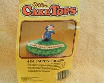 "Wilton 1979 Vintage ""4"" Jaunty Jogger"" Cake Topper"
