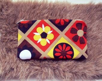 True 70s Recycled Canvas Brown Flower Power Zipper Bag