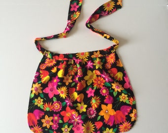 1960's Bright Floral Apron Adult Small Medium