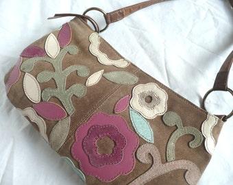Vintage suede handbag - 1970s suede purse - suede applique handbag - 1970s applique suede handbag - applique suede purse