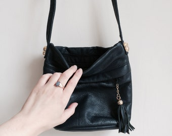 vintage navy 'Toni' leather bag with tassle zip pull detail