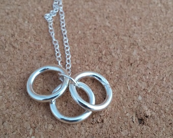 Circle Necklace, Infinity Jewellery, Circle Charm jewelry, Gift for her, Family jewelry