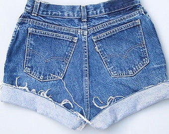 Levis ONLY!! Denim High waisted shorts/high waist shorts, cut off/jean shorts/summer shorts/distressed shorts/plus size/all sizes/levis