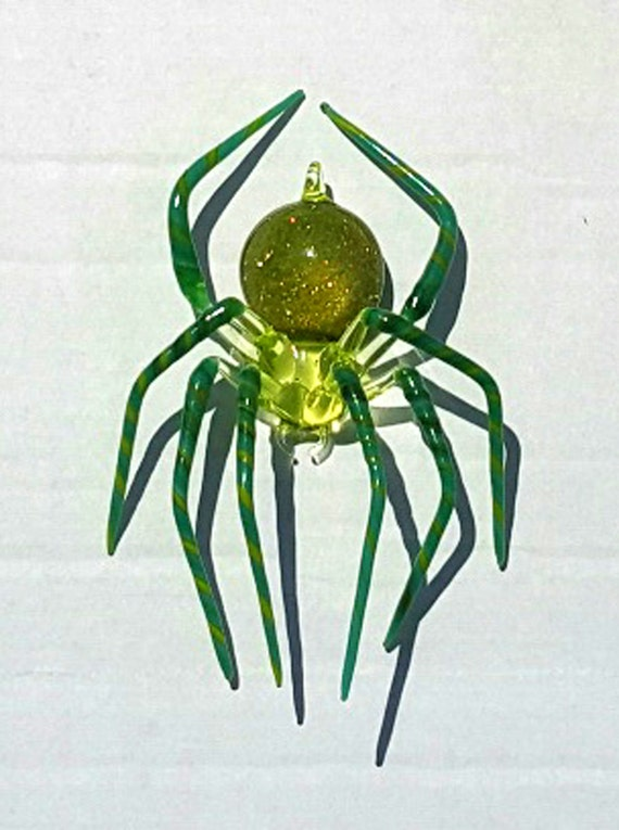 Medium Green Spider with Striped legs and Aventurine in the abdomen