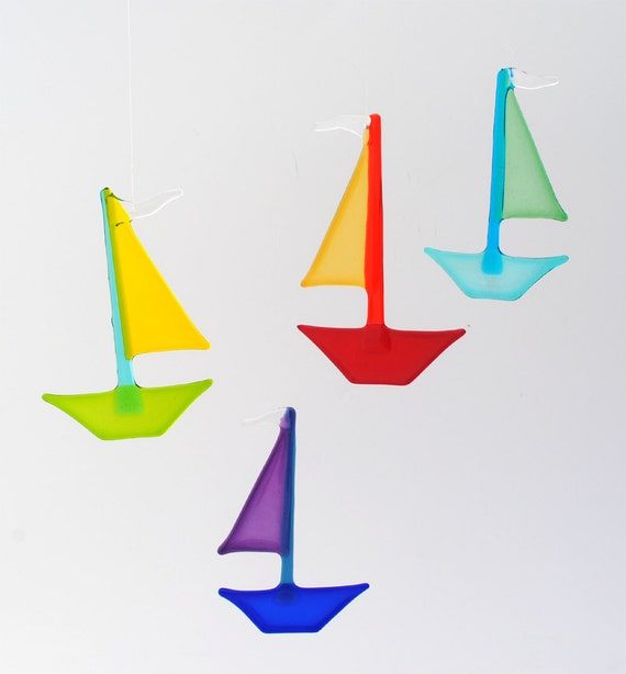 e50-38 Flat Fused Sailboat Suncatcher