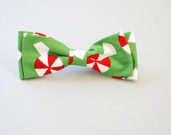 Baby boy bow tie. Hipster bow tie. Christmas bow tie. Clip on boy tie. Boy baby shower gift. Christmas hair clip. Christmas hair bow