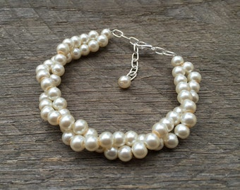 Cream Ivory Pearl Bracelet Bridal Bracelet Twisted Clusters on Silver or Gold Chain