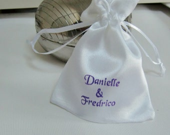 100 Traditional Wedding Favor Bags-Bomboniere Bag-White Satin Bags-Personalized-Confetti Bags-Wedding-Perfect for Small Gifts-Wedding Favors
