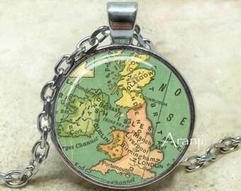 Vintage map of UK art pendant, UK map necklace, map jewelry, United Kingdom map necklace, vintage map necklace, UK necklace, Pendant #HG190P