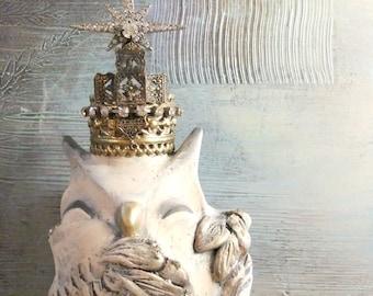Snowy Owl, Vintage Crown, Woodland Owl, Rhinestone Crown, Owl Art, Original Sculpture, Sculpey
