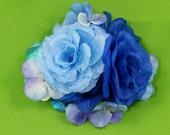 Blue moon--flower bunch clip
