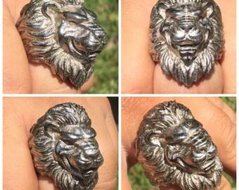Orlando Lion Bottle Opener Ring