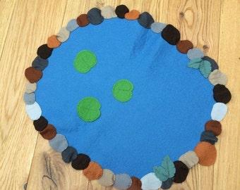Play mat pond