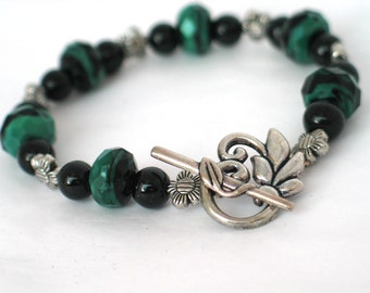 Green Bracelet, Forest Green, Black Bracelet, Floral Bracelet, Green Jewelry, Forest Green Bracelet, Gift, Summer Bracelet