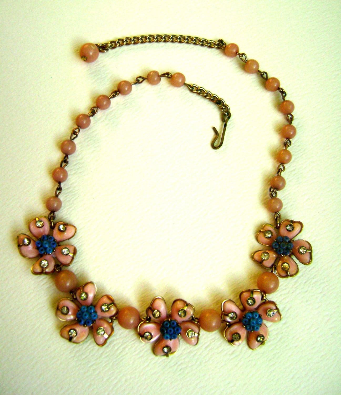 Vintage Pink Plastic Flower Necklace