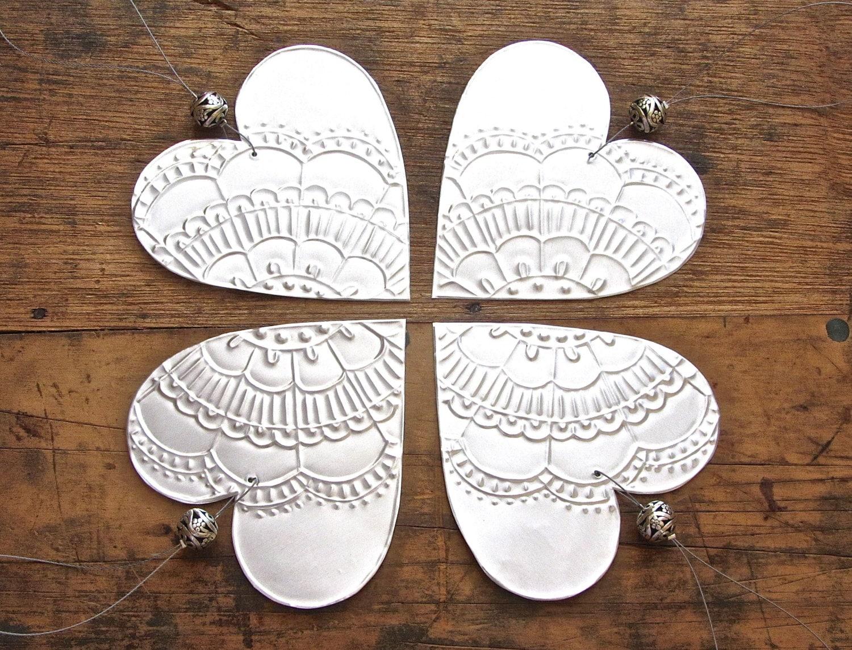 Metal heart ornaments -  Zoom