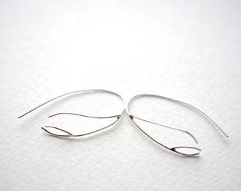 Inward Silver Twig Root Dangle Earrings