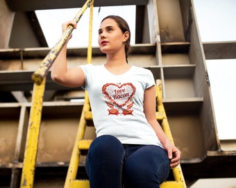 Love thou Bacon women's tee
