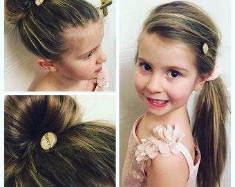 18mm Personalized Name Hair Pin, Bridal Bobby Pins, Name Accessory, Wedding Hair Pins, Bridesmaid Hair Accessories, Flower girl Hair Pin