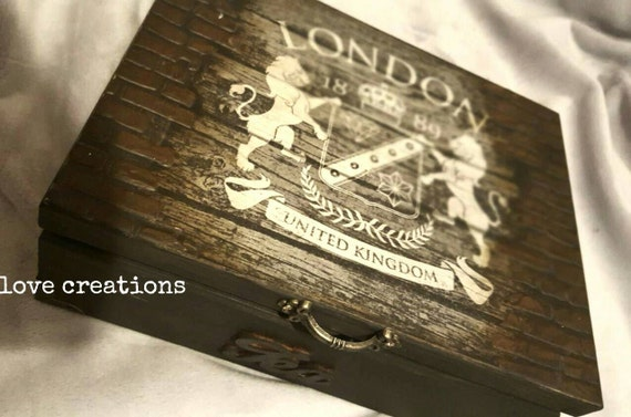 Elegant London Tea Time Tea Box wooden tea caddy, vintage kitchen decor, wooden storage. 4 or 6 compartments, deep brown, can be customized