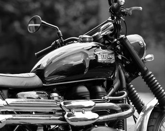 Street Style - Modern Classic Triumph Motorcycle