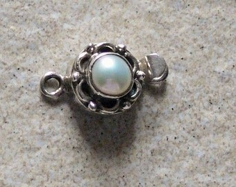 Sterling Silver | Antique Vintage look Freshwater Pearl Box Clasp | 12mm round + loop   | 1  clasp per pack | Finish your jewelry in style!