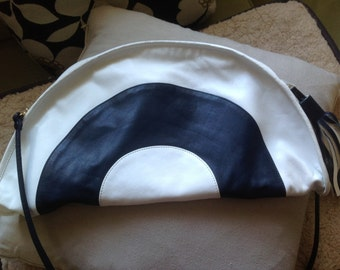 Brio leather bag  Navy and white