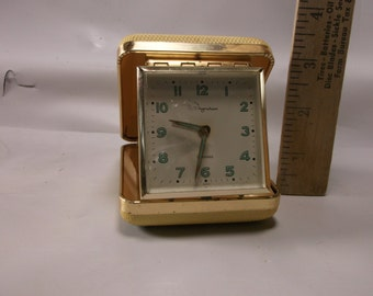 Travel Alarm Clock Vintage Ingraham Wind Up In Excellently Great Condition.epsteam