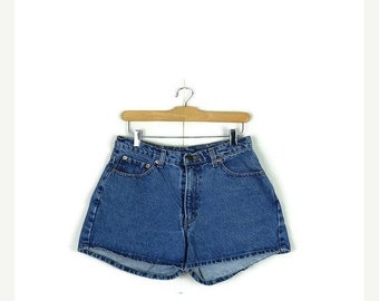 STORE WIDE SALE Vintage Jordache Blue Denim Shorts from 90's/W28*