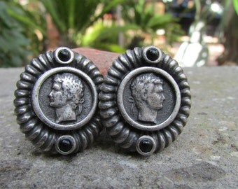 Vintage Oval shaped Emperor Earrings Clip On