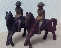Grey Iron antique toy soldiers lot Cavalry Horse officers WWI Doughboy pre war production toys