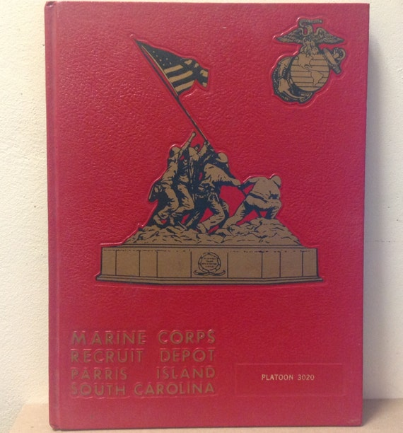 United States Marine Corps 1982 Yearbook Parris Island South