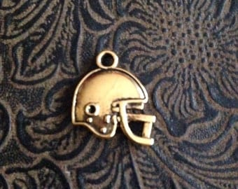 12 Pieces Football Helmet Double Sided Sligtly Puffed 20x16mm Antique Gold Finish Football Helmet Charms 25-2-G