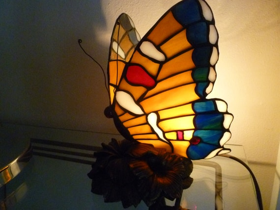 stained glass butterfly lamp. Black Bedroom Furniture Sets. Home Design Ideas