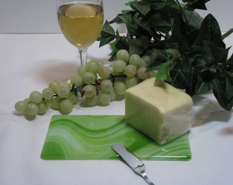 Green / White 4x8 Fused Glass Cheese Tray