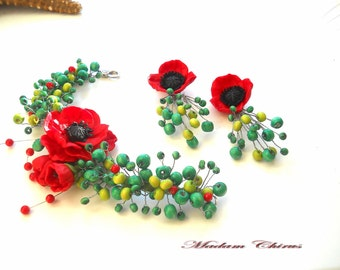 Bracelet and earrings with poppies , green beads